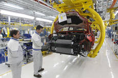 Italian industrial orders dropped 9.8% in 2012