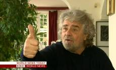 Grillo says that alliance 'inadmissible' for stability