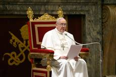Pope stresses 'brotherhood' with cardinals