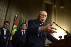 Napolitano: resto fino all'ultimo giorno