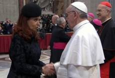 Pope lunches with Argentine President Kirchner