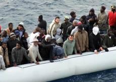 Sbarchi a Lampedusa, 260 migranti su 3 barconi