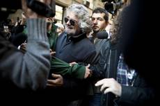 Grillo says street violence will rule Italy if M5S fails