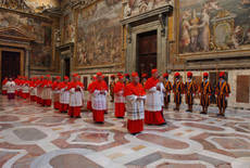 Electing a new pope: Mass, voting, secrecy