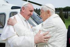 Benedict XVI's resignation 'not a surprise for intimates'