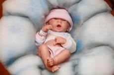 Bebe' si risveglia prima di cremazione
