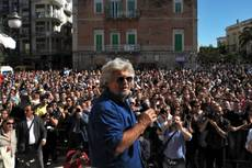 Grillo,offese a Napolitano? Bocca cucita