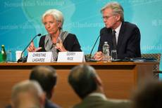 IMF hails Renzi economic plans