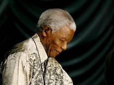 Mandela in ospedale: e' grave,ma stabile