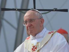 Pope Francis calls rape victim in Argentina