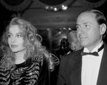Berlusconi and second wife Lario finalize divorce