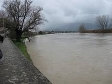 1000 people evacuated in town near Pisa due to swollen river