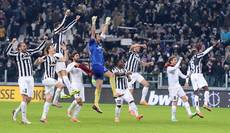 Soccer: Runaway leaders Juventus vow not to drop guard