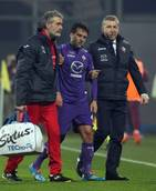 Soccer: Rossi should not need knee operation