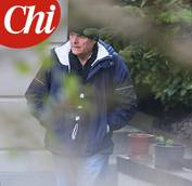 Photos show Bersani at home recovering from brain surgery