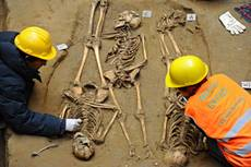 Medieval burial site found near Florence's Uffizi museum