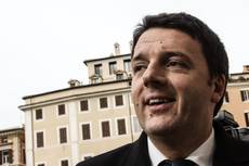 Renzi starts govt talks, faces cabinet headaches