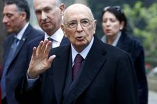 Napolitano denies 'arm wrestling' with Renzi