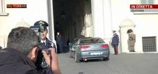 Renzi arrives at president's palace to present govt