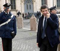 Italian transport minister targeted by corruption probe