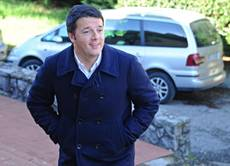 'Coming in on tip-toe' says Renzi in first confidence speech