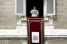 Pope sets up body to oversee scandal-tainted finances
