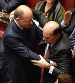 Italy House MPs give Bersani standing ovation during debate