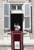 Do not be indifferent to people hit by weather, says pope