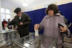 Crimea al voto Putin, rispetteremo la scelta