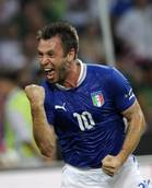 Soccer: Cassano banging door for Italy WC place