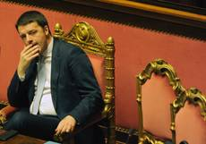 Italy to respect 'outdated' budget rules, says Renzi