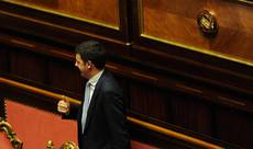 Renzi vows not to raise taxes, to go after tax dodgers