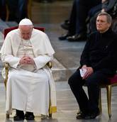 Pope urges mafia to repent, turn from path to hell