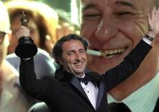 Renzi says 'Great Beauty' Oscar win signals new ambition
