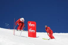 Italian Speed Skier breaks world record