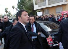Renzi rushes back from Brussels to see Kerry in Rome