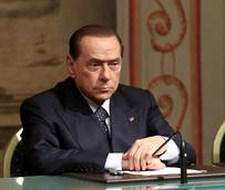 Berlusconi trial won't leave Naples, court rules