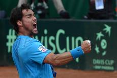 Tennis: Italy beat Britain to reach Davis Cup semis