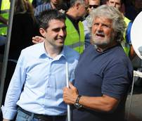 Grillo threatens M5S mayor of Parma with expulsion