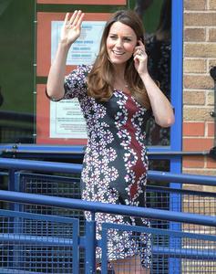 Dolce attesa Kate, arriva l'erede al trono