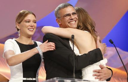 La gioia del regista Abdellatif Kechiche e delle attrici Adele Exarchopoulos e Lea Seydoux