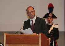 Angelino Alfano all'Aquila