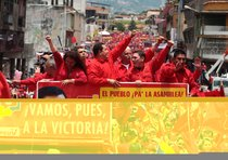 Venezuela: Chavez batte l'opposione