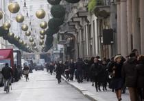 Via Montenapoleone a Milano in una foto di archivio