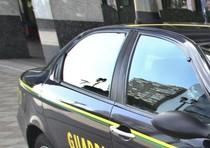 Tangenti, arrestati da Gdf due funzionari Asl
