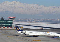 Alitalia:1.900 esuberi e 350mln risparmi