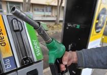 Benzina: nuovo giro rialzi per verde e diesel