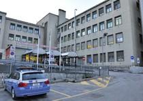 Napoli, 23 enne ferito gravemente per aver reagito a rapina