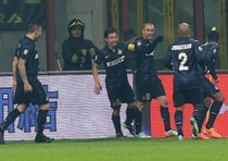 Calcio: il derby milanese lo vince l'Inter