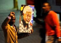 Mandela: Zuma annulla viaggio all'estero